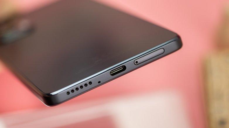NextPit Motorola Edge 20 usb