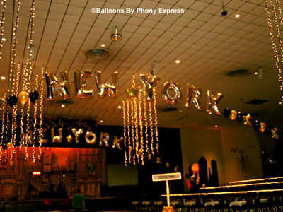 Phony Express New York Decorations