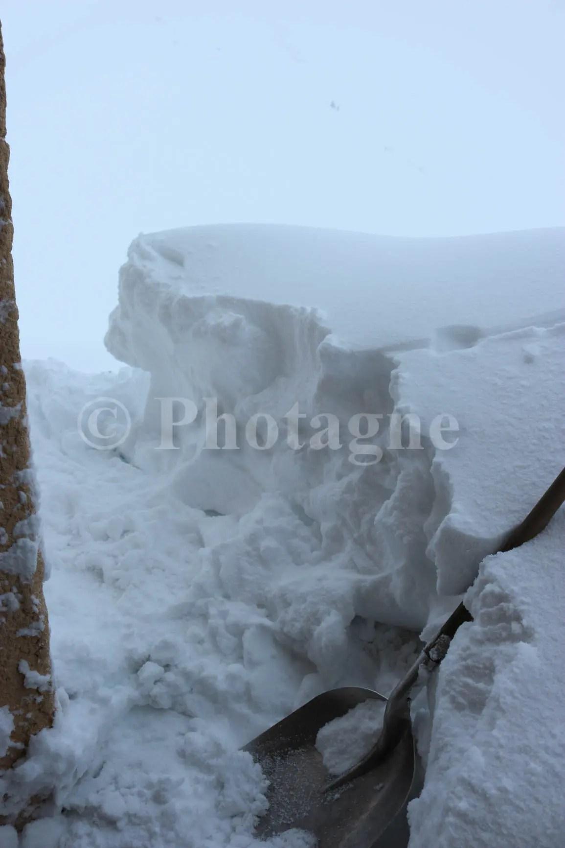 Pelle à neige Coire
