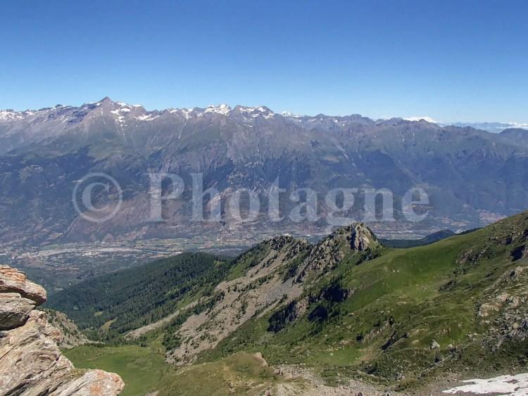 En descendant sur Suse, vue sur le Rochemelon et le Mont Rose
