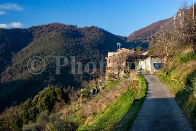 Maison derrière La Culla