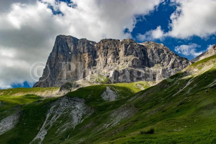 Le pic de Bure depuis le vallon d'Ane