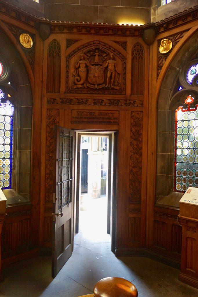 Scott Monument interior doorway