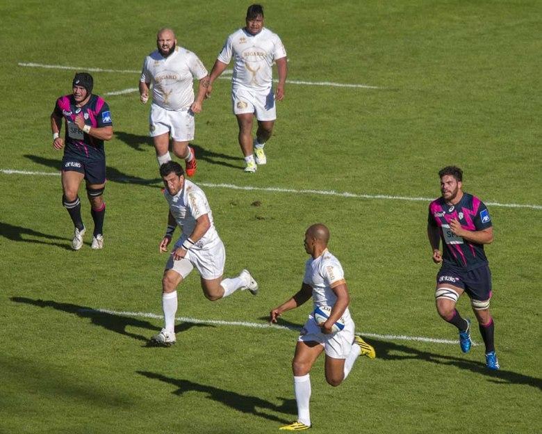 Agen vs Stade Français-Francis à l'origine du premier essai ©photo Patrick Clermont