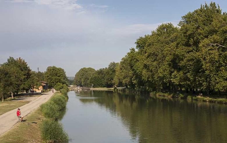 Le Canal Latéral à la Garonne au Passage d' Agen