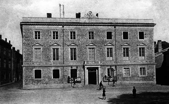 Hôtel de ville en 1900