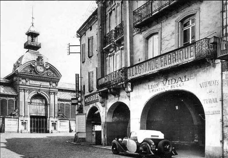 Marché Couvert et Cornière à Agen en 1951