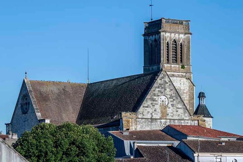 Cathédrale Saint-Caprais Agen-Vue Ouest