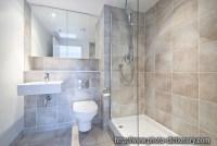 en suite bathroom - photo/picture definition at Photo ...
