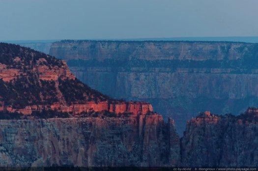 Les dernières lueurs du soleil couchant. Grand Canyon National Park, North Rim, Arizona, USA