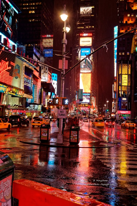 Las Vegas Hd Wallpaper Night Time Square Broadway La 5 176 Avenue Time Square By Night