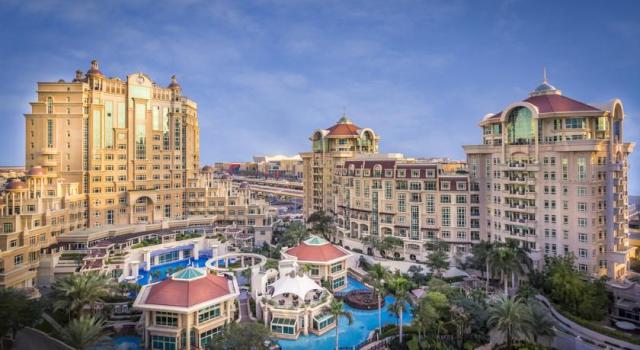فندق المروج روتانا دبي افضل فندق قريب من دبي مول
