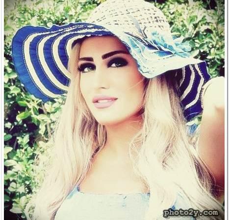 هبة نور وزوجها شافي الحارثي