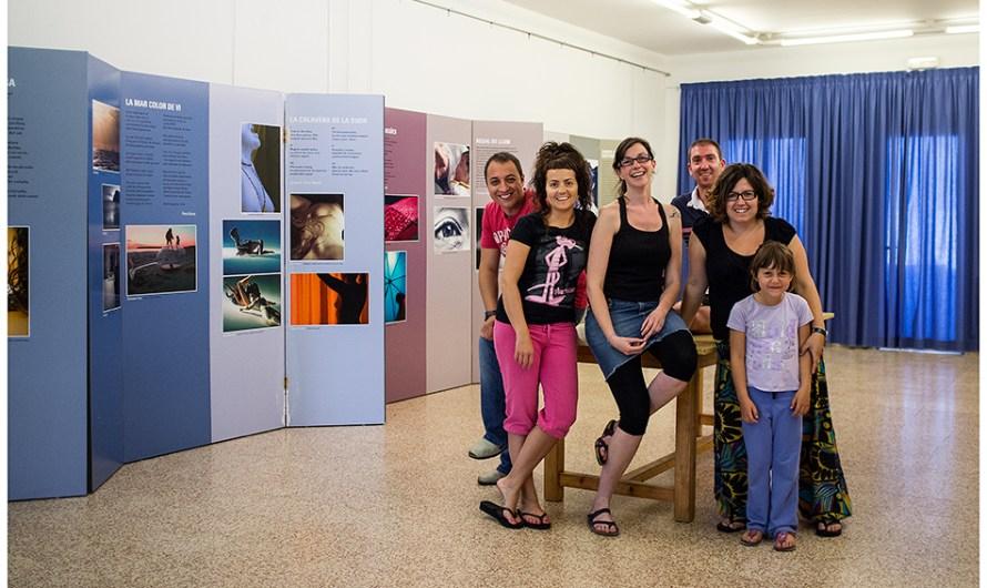 Inauguració de «Foto-al-vers» al local de l'ACR des Migjorn Gran