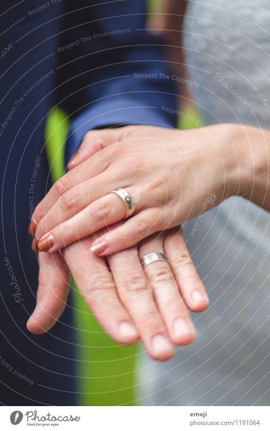 Ring an welcher hand verheiratet  Modischer Schmuck 2018
