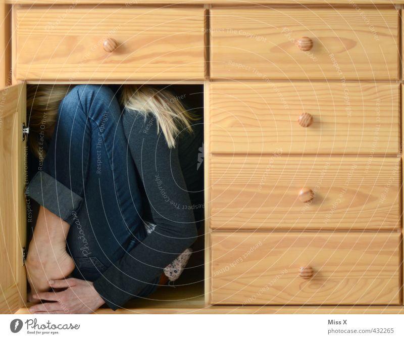 Versteckt Mensch feminin  ein lizenzfreies Stock Foto von