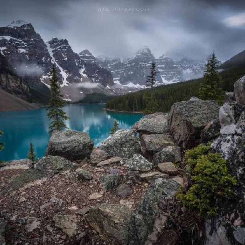 Land Of The Rocks door Dani Lefrancois
