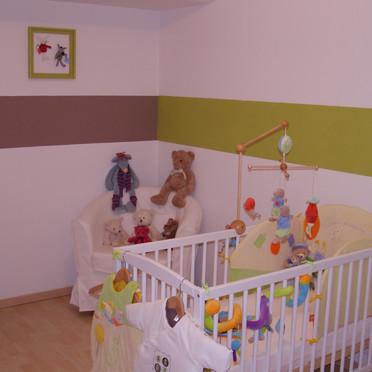 Latest good photo deco chambre bebe mixte photo decoration for Papier peint chambre bebe mixte