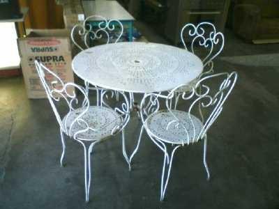 Emejing Petite Table De Jardin D Occasion Ideas Amazing House