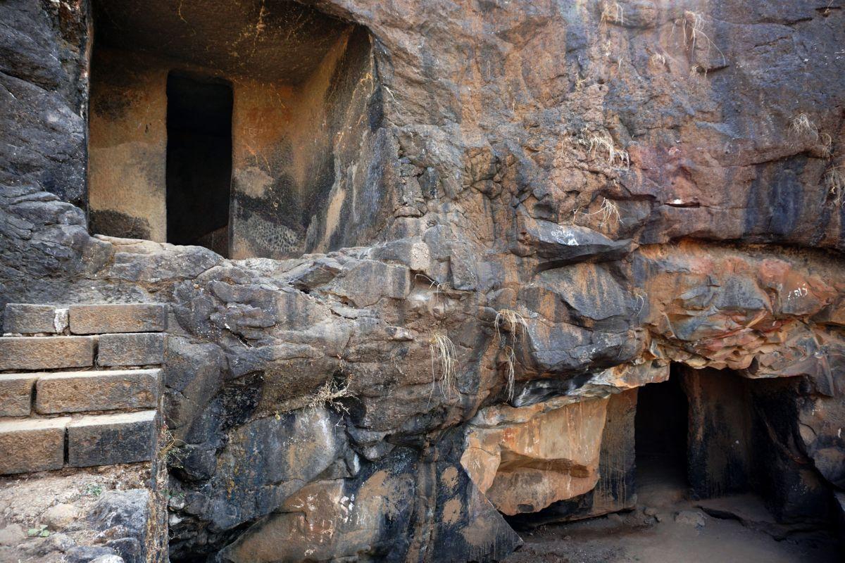 bhaja caves lonavala maharasthra