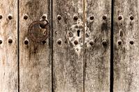alte Holztuer 2 - PHOTOGALERIE WIESBADEN - im süden - fenster und türen