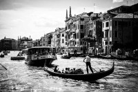 canale grande 5<br> <br>v : e : n : e : z : i : a<br>limitierte edition<br>© PHOTOGALERIE WIESBADEN