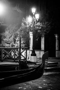 gondeln 14<br> <br>v : e : n : e : z : i : a<br>limitierte edition<br>© PHOTOGALERIE WIESBADEN