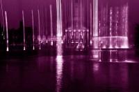 kurhaus vertikal (lila, einzelbild)