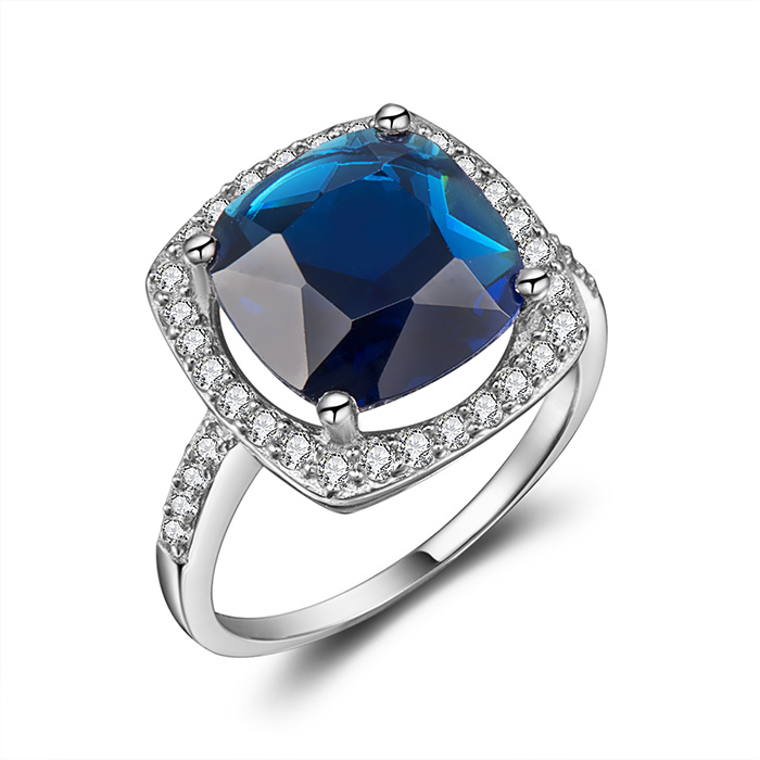 Mississauga jewelry photographer blue diamond ring