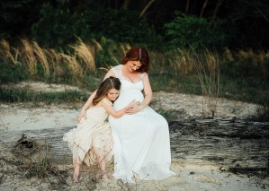 Sarah + Charlotte-Mommy-and-Me-Amite-River-Maternity-Photos_Gabby Chapin_Print_0069_1
