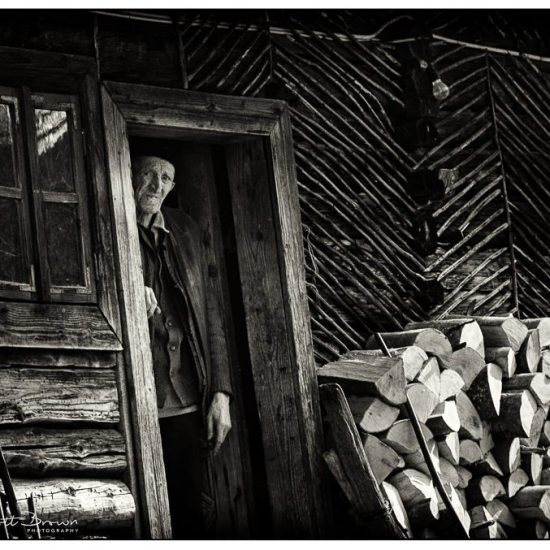 wooden cottage, old man alone, maramures