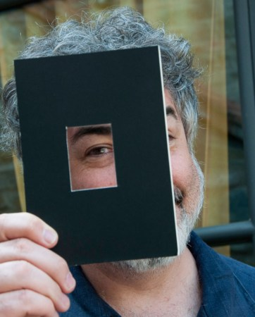 "I'm holding a ""Curtometer"" - an integral part of each of my photography workshops!"