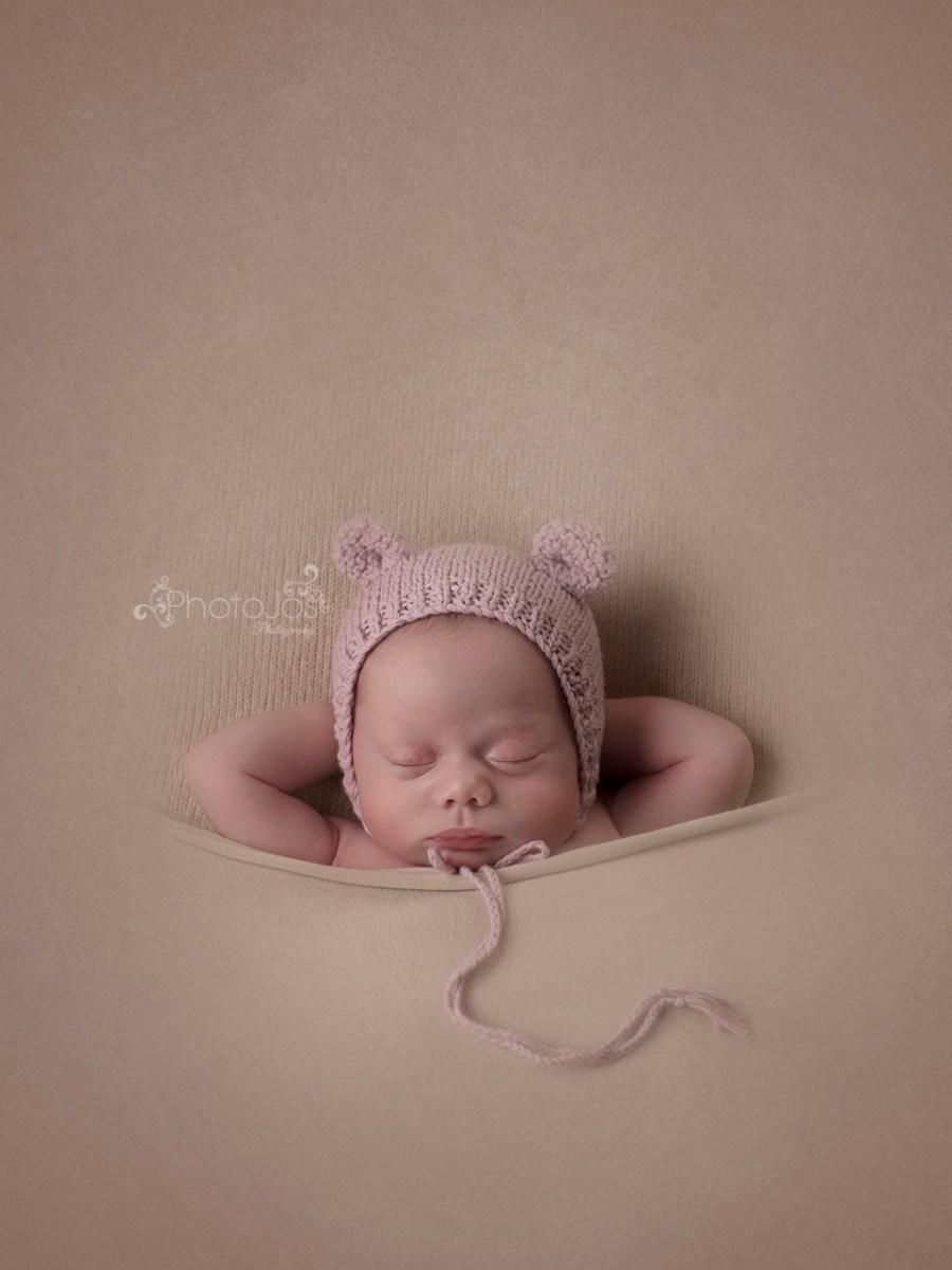 Sleeping baby photographed by Photojos Photography
