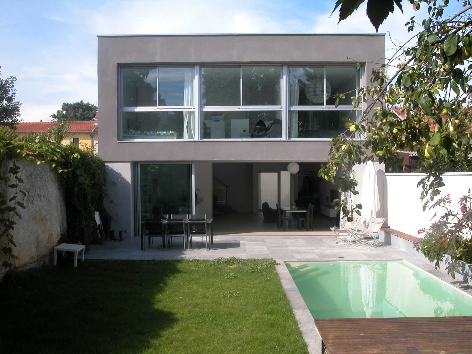 Maison contemporaine var maison moderne for Maison moderne architecte