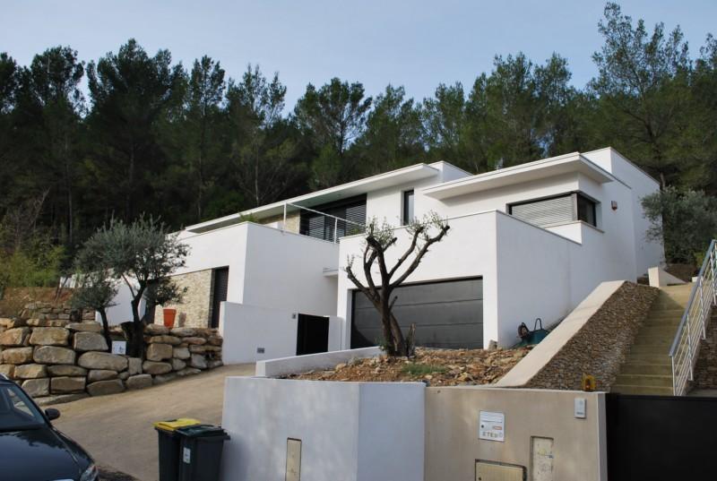Amazing Maison En Pente Forte  Maison Contemporaine Als  Homeezy