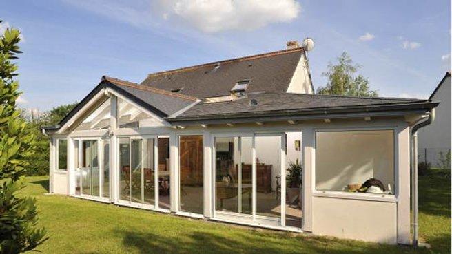 photo de maison avec veranda