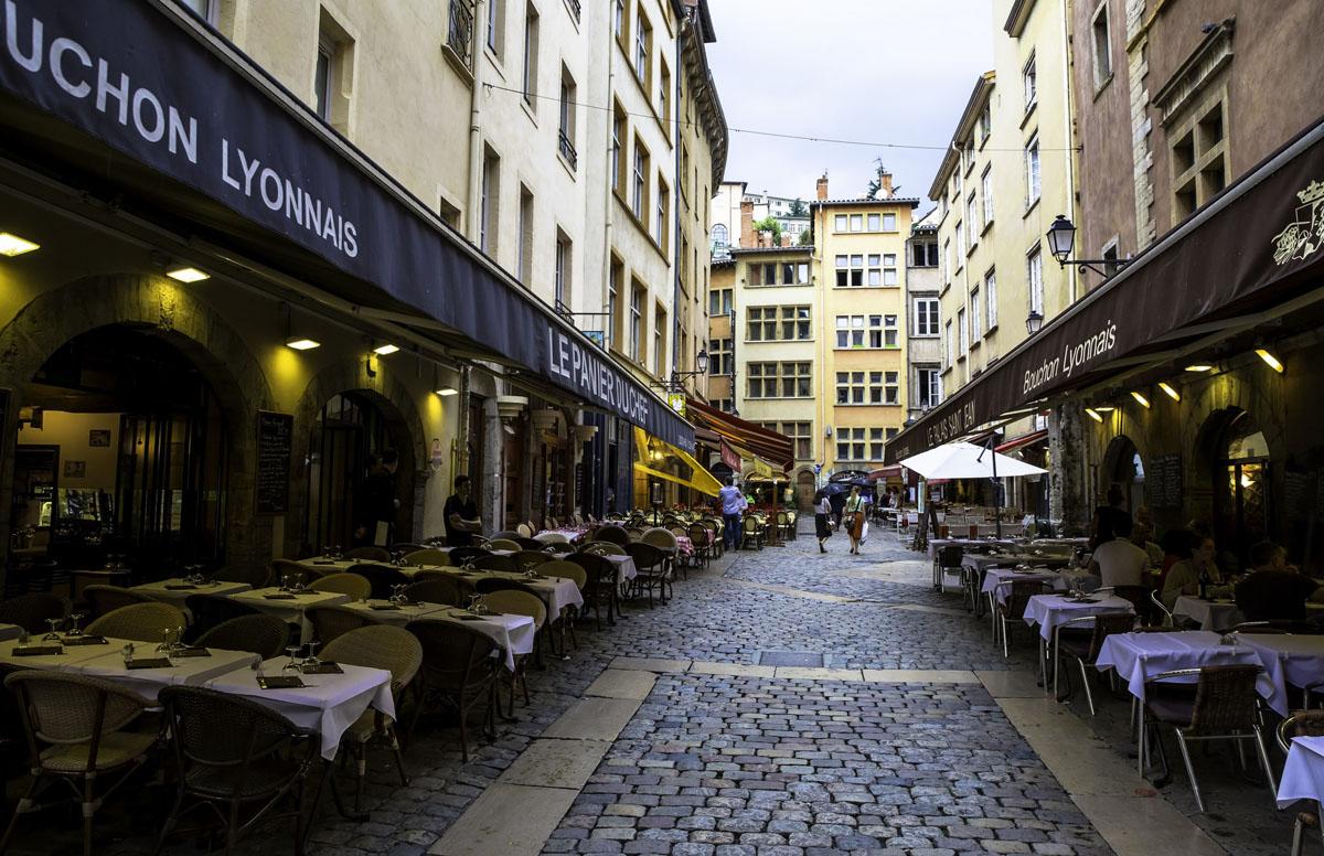 Photo Des Bouchons Lyonnais Dans Le Vieux Lyon