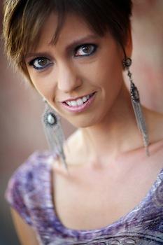 Lara White