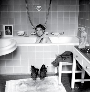 David Scherman's photo of Lee Miller in Hitler's Bath