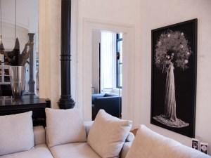 Peonia in modern home