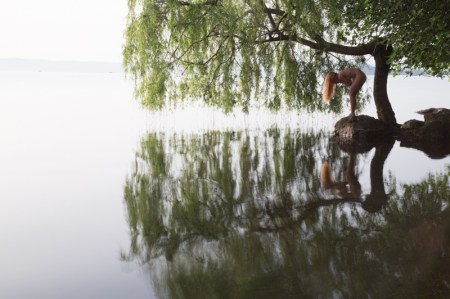 weeping willow woman out-take