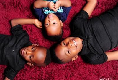 lovely boys, children on the floor, photonimi