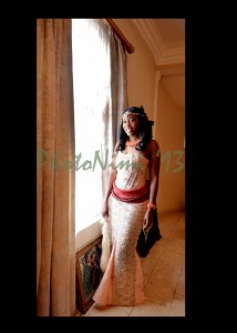 bride in traditional attire, photo nimi