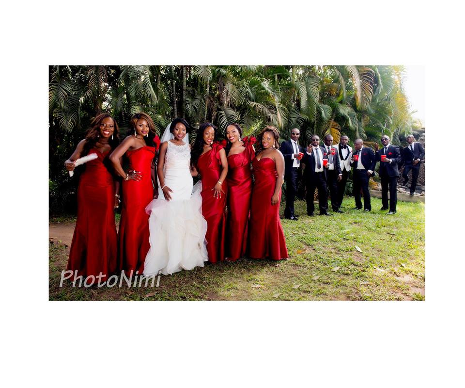 bride, bridal train, groom, groomsmen, photonimi