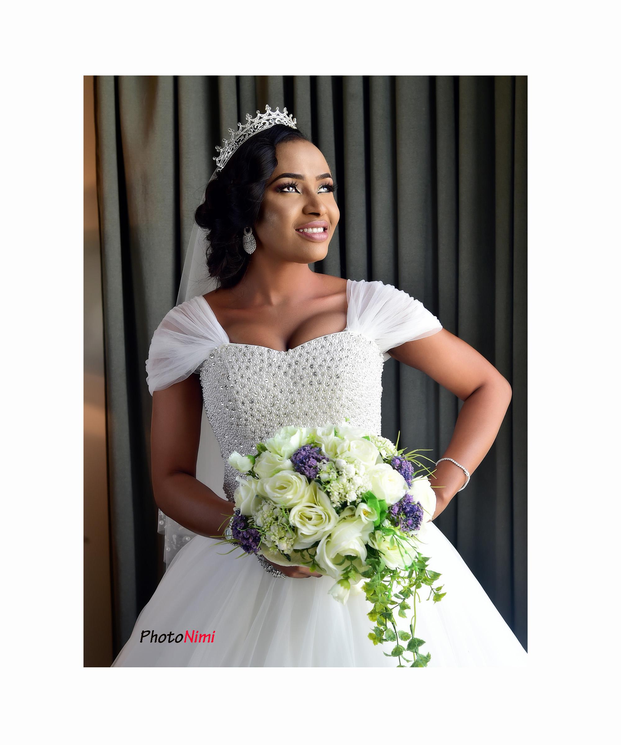 Oke & Chris, white wedding in lekki, lagos, photonimi, wedding photographer, bride, groom