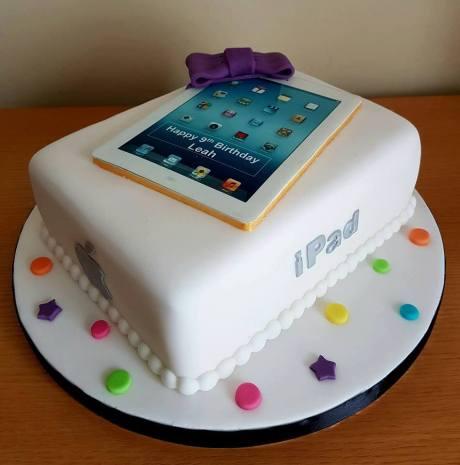 Apple iPad Cake