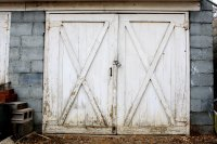 Old Garage or Carriage House Door Picture | Free ...