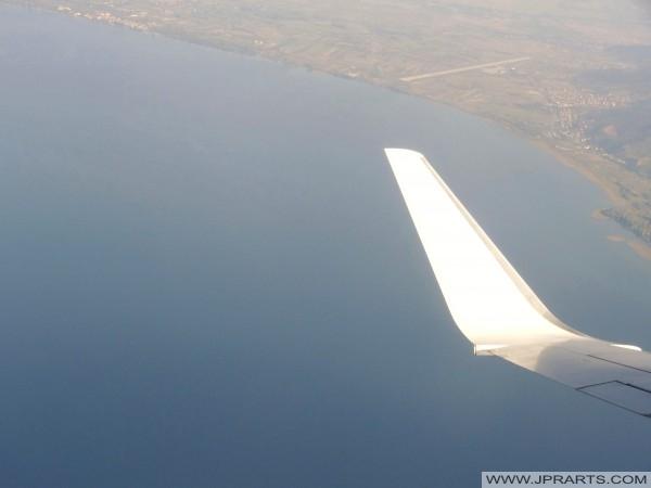 Luchtfoto Vliegveld Ohrid (Macedonië)