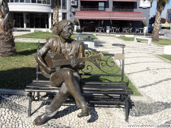 Statue von John Lennon (Durrës, Albanien)