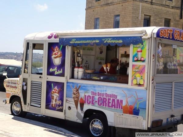 在马耳他瓦莱塔冰淇淋车